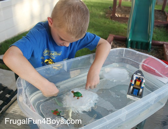 Pretend play with animals and icebergs