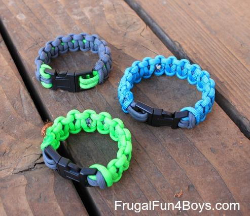 How to make parachute cord bracelets