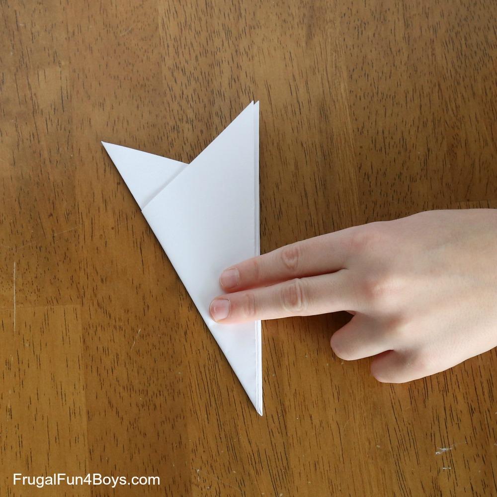 Kirigami Instructions, explains how to make a kirigami paper snowflake | 1000x1000
