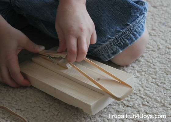 How to build a rubber band shooter
