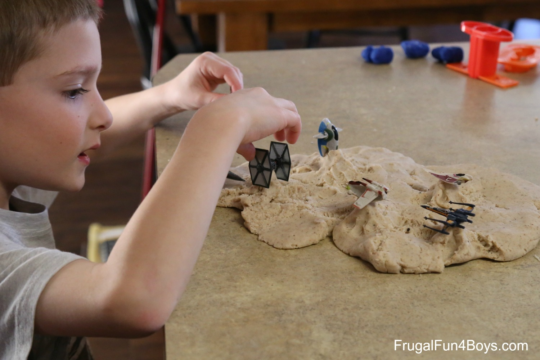 Star Wars Play Dough Imaginative Play!