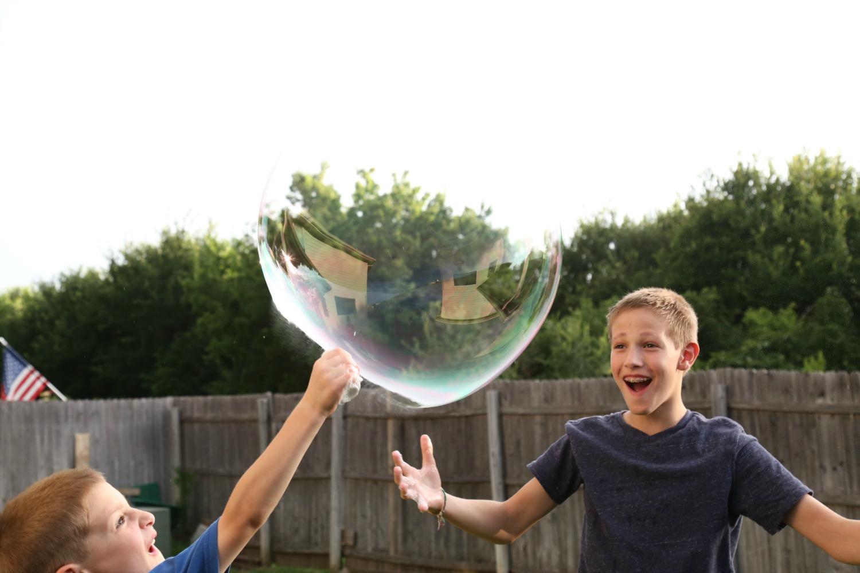 Giant Bubble Solution Recipe