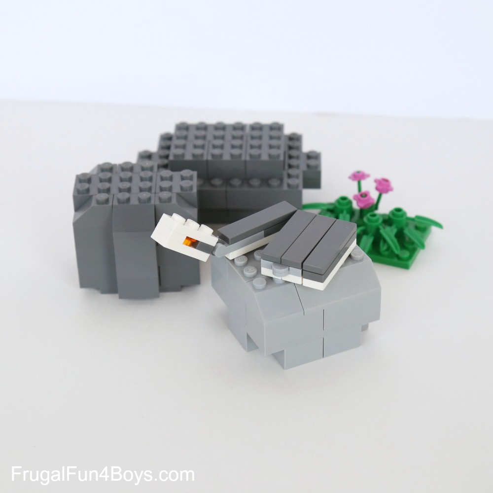 How to Build LEGO Snakes