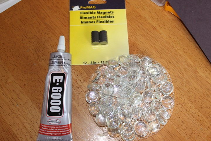 Diy Gift Idea Magnets Made From Glass Vase Filler Marbles Frugal
