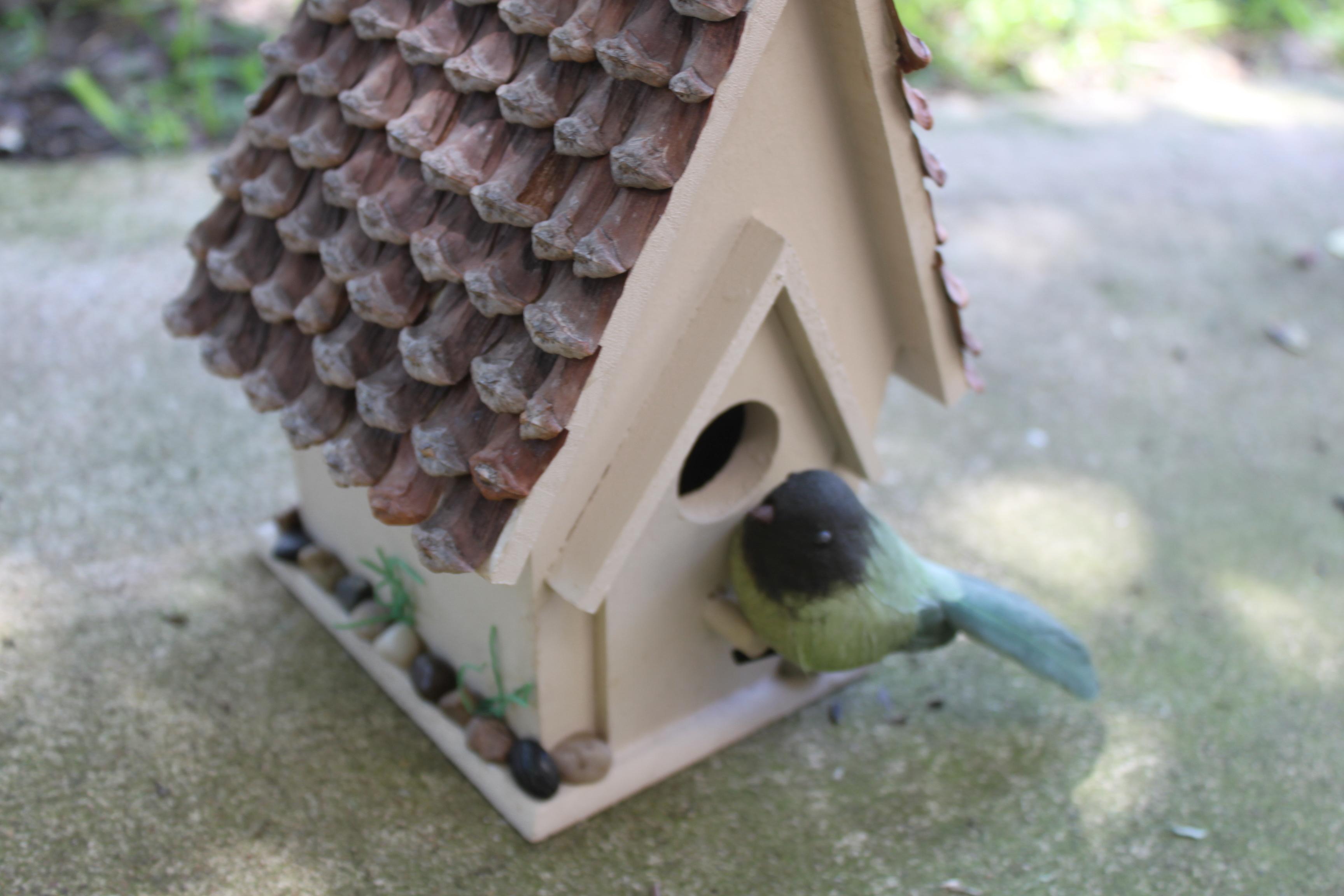 Diy birdhouse gift frugal fun for boys and girls for Diy bird house