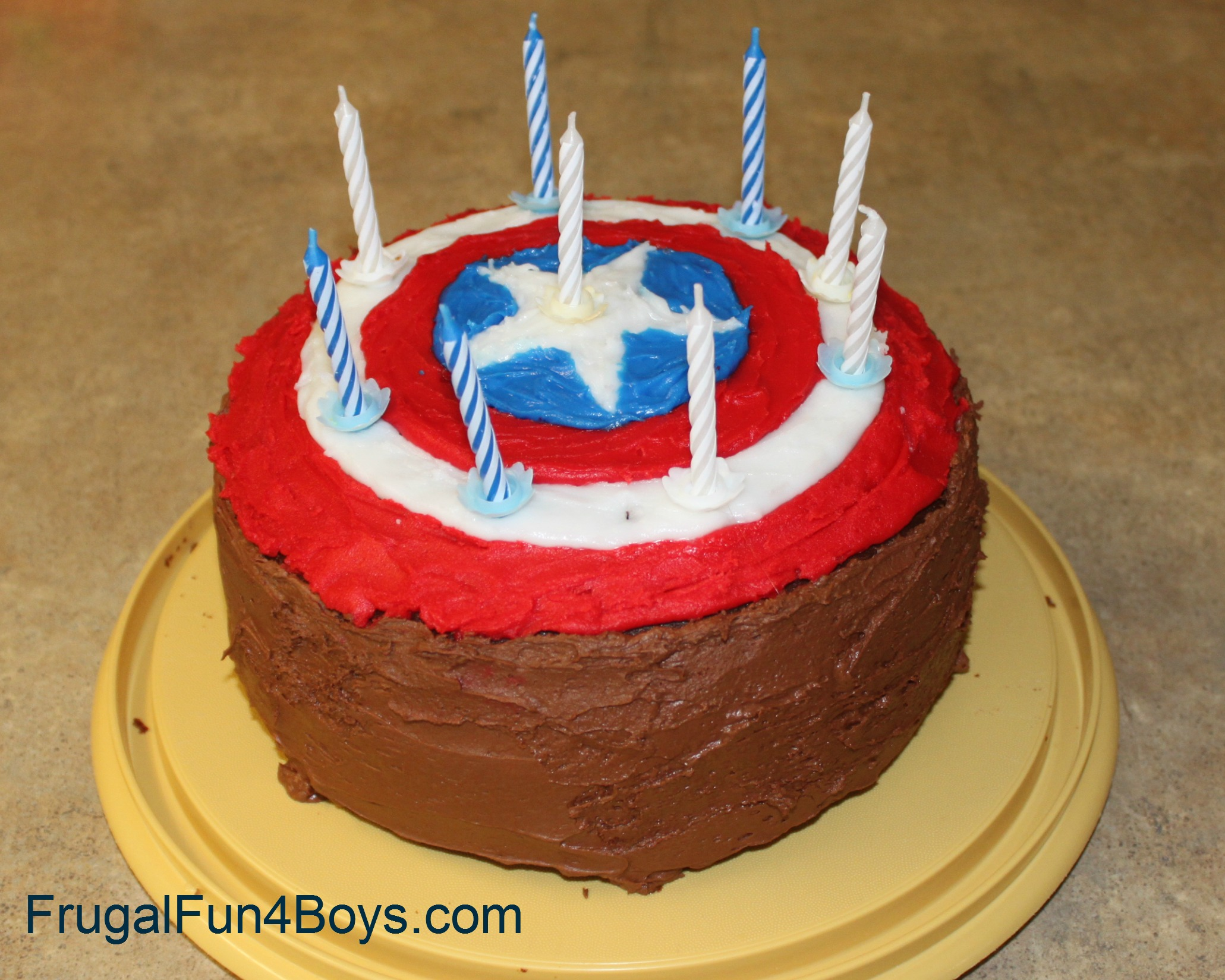 http://frugalfun4boys.com/wp-content/uploads/2012/07/captain-america-cake.jpg