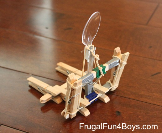 Candy corn catapults four ways to build a catapult out for Things you can make with paper clips