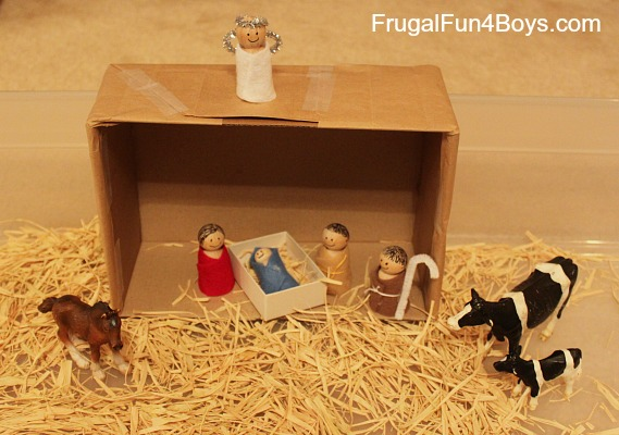 Easy Wooden Peg Nativity