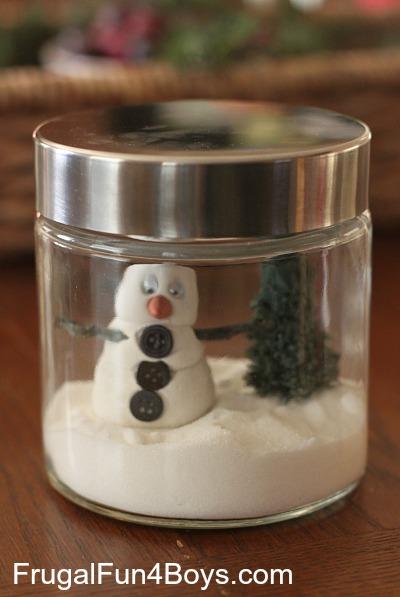 Snowman Jar:  Winter Decor that Kids Can Make!