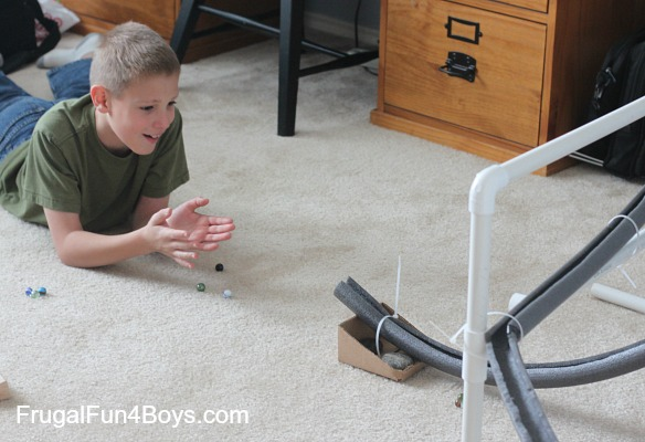 Build a marble run with pipe insulation - Polystyrene insulation step by step ...