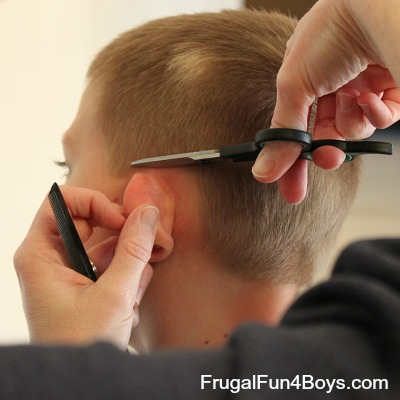 How To Do A Boys Haircut With Clippers - Boy haircut razor