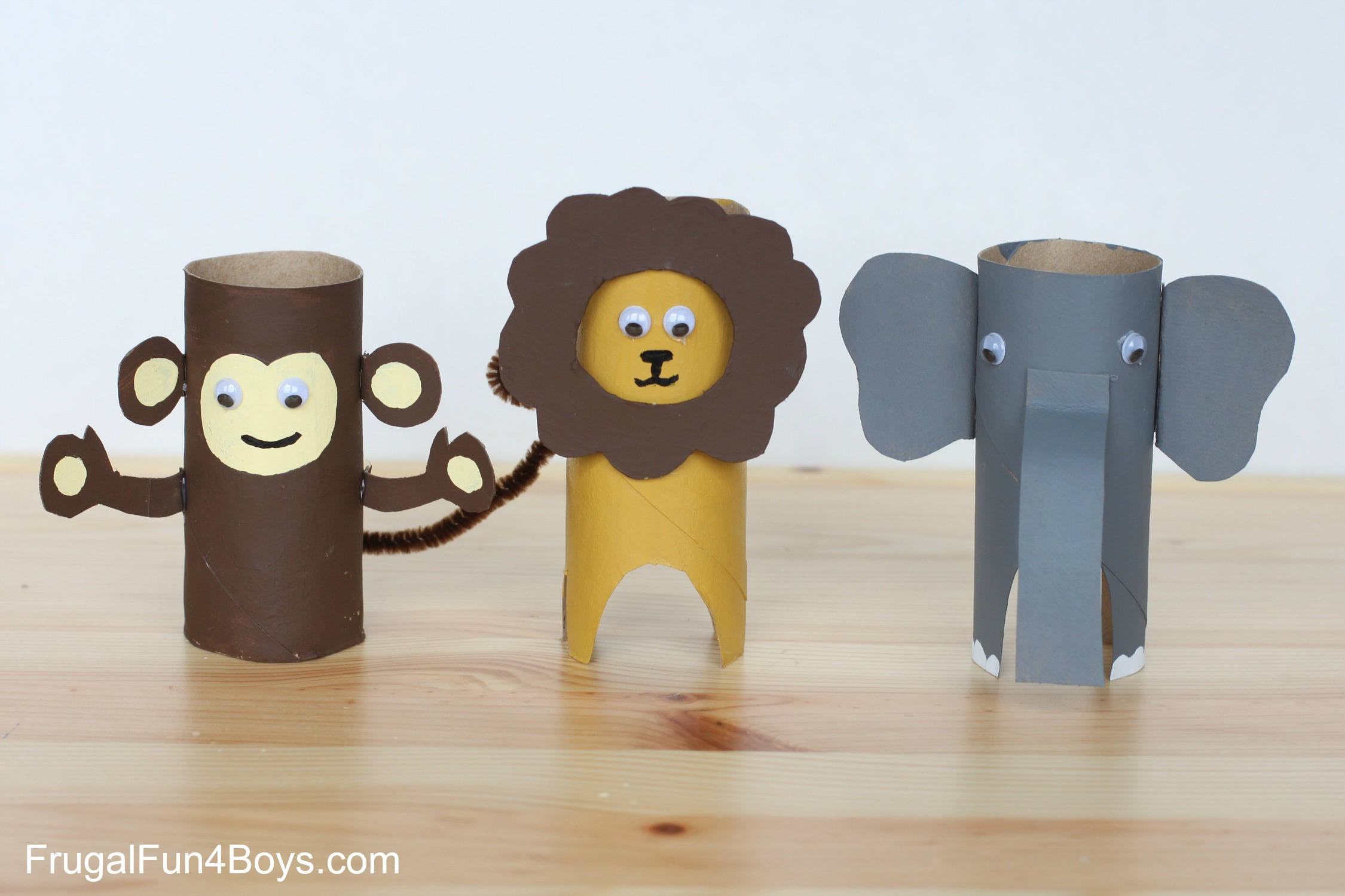 Paper roll animals for Crafts made out of paper towel rolls