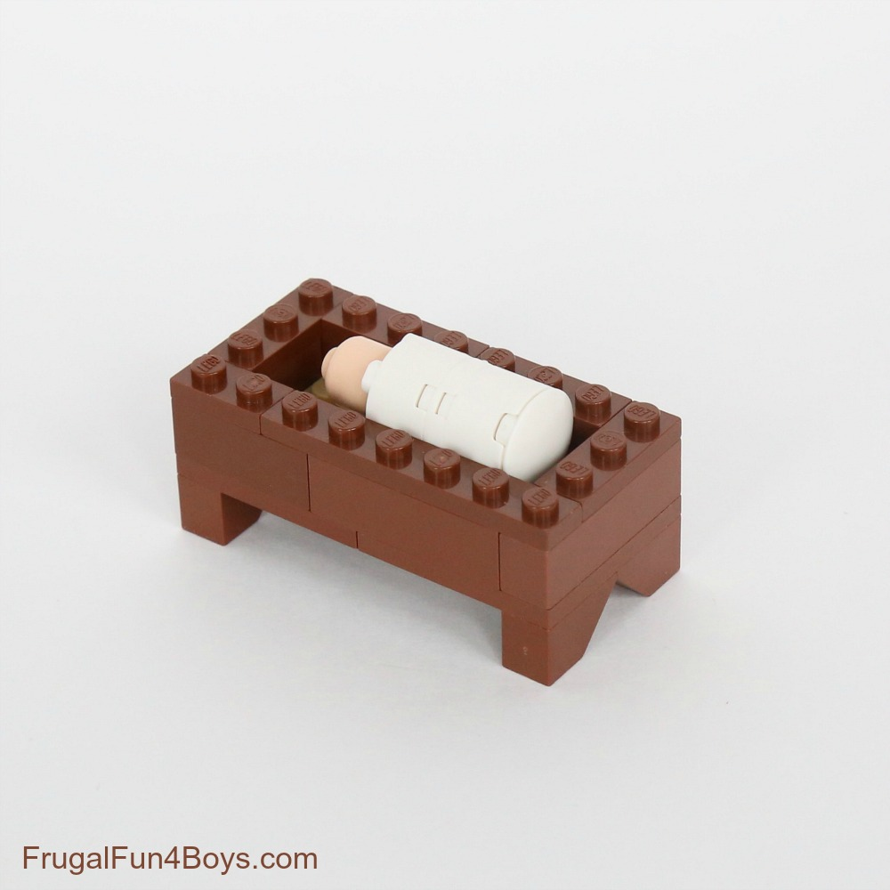 How to Build a LEGO Nativity Set