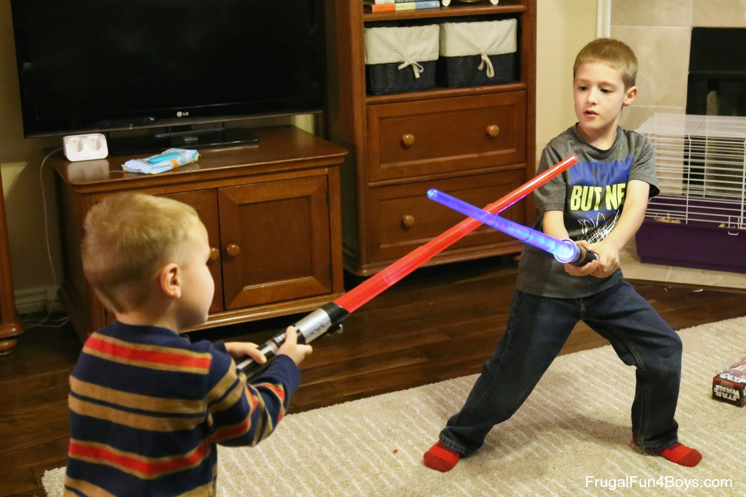 Star Wars Lightsabers  sc 1 st  Frugal Fun For Boys & 10 Minute No-Sew Jedi Costume and Toys R Us Lightsaber Review (And ...