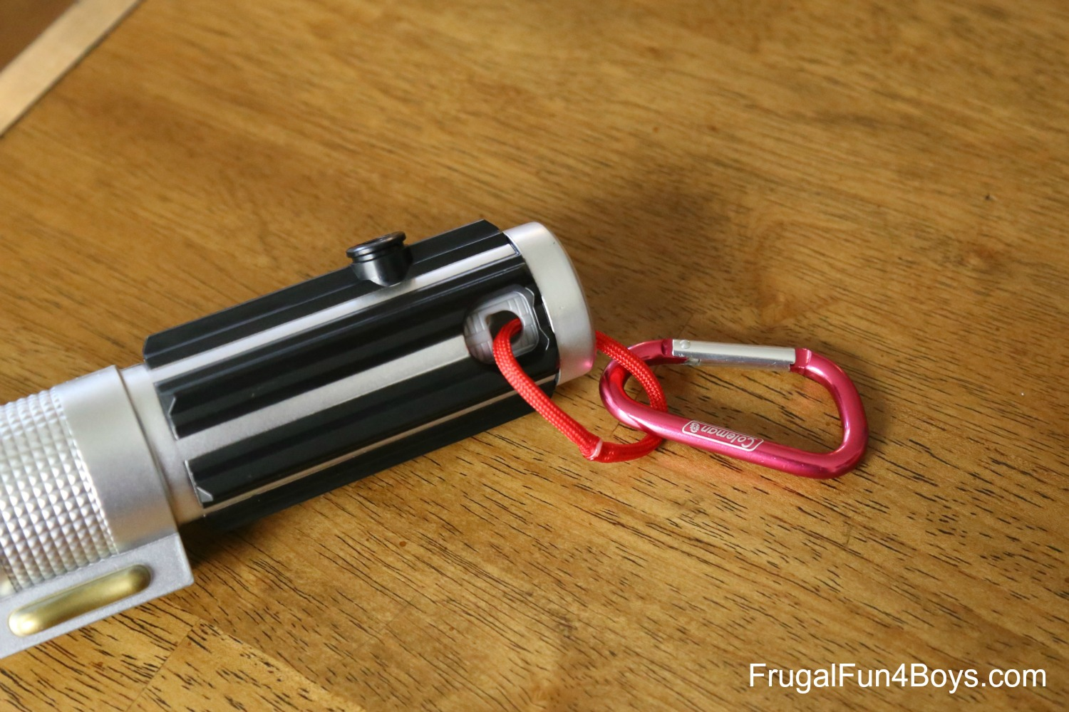 Make a Star Wars Lightsaber Belt Clip for How To Make A Lightsaber For Kids  111ane