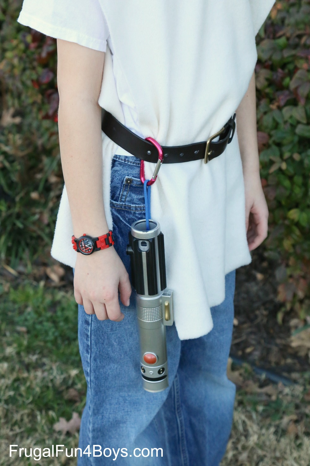 Make a Star Wars Lightsaber Belt Clip for How To Make A Lightsaber For Kids  287fsj