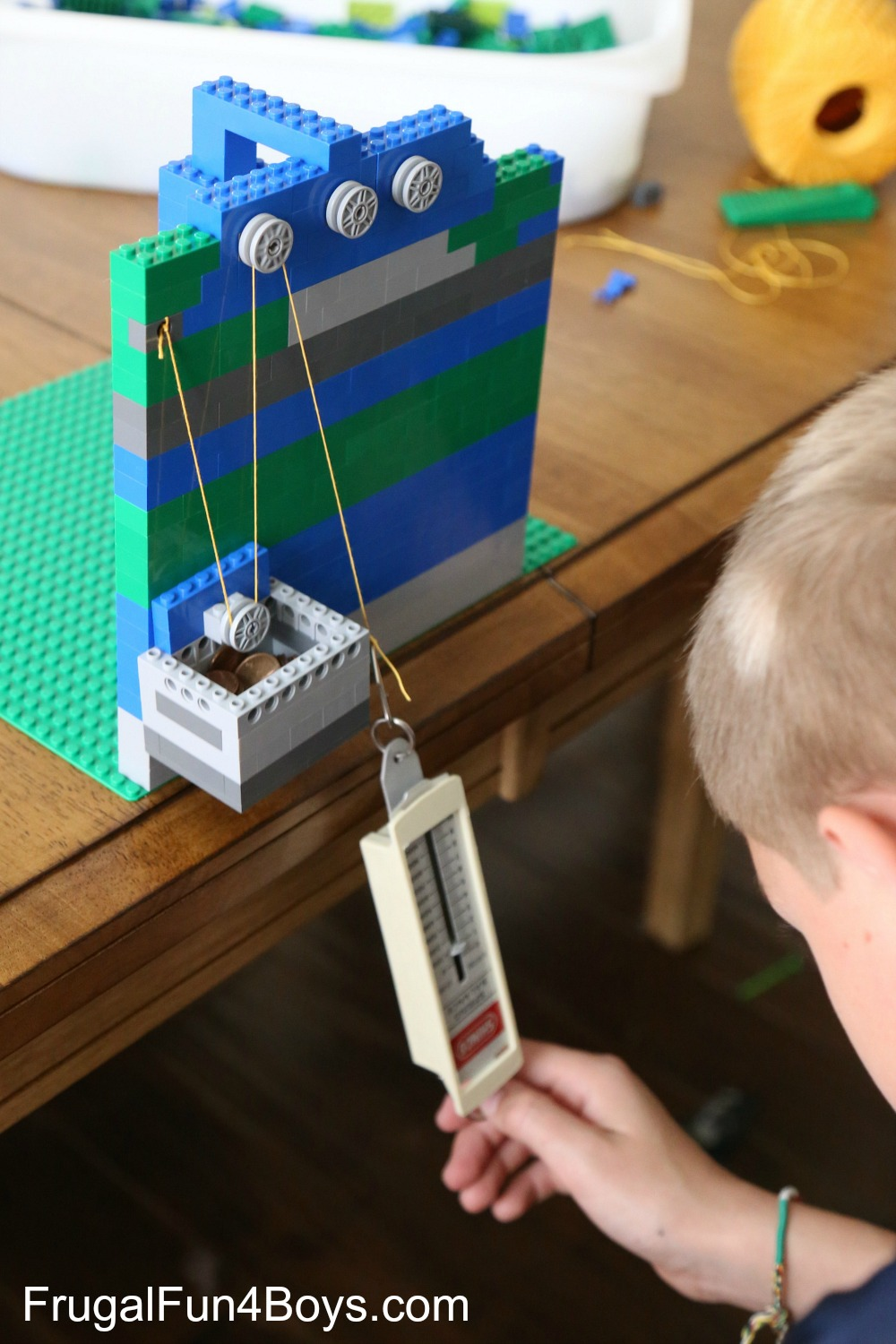LEGO Pulleys Engineering Challenge