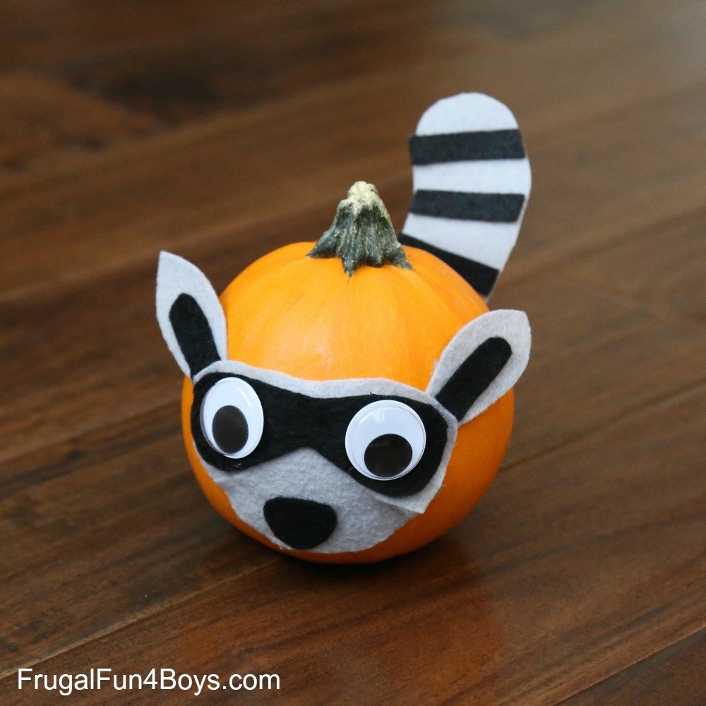Woodland Animals Pumpkins Fall Craft