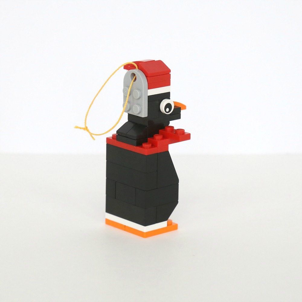 Five LEGO Christmas Ornaments to Build