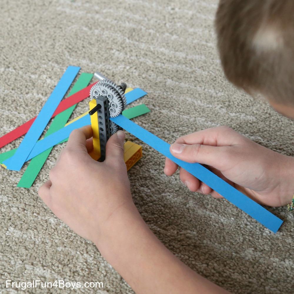 LEGO Building Challenge: Machines + Paper
