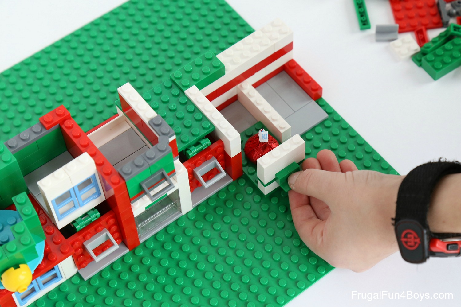 Another Way To Make A Door Is By Using A 1 X 2 \\u2013 1 X 2 Hinge Plate. If You Use Two Per Door The Hinge Will Be More Stable. & Lego Door Hinge \u0026 Another Way To Make A Door Is By Using A 1 X 2 ...