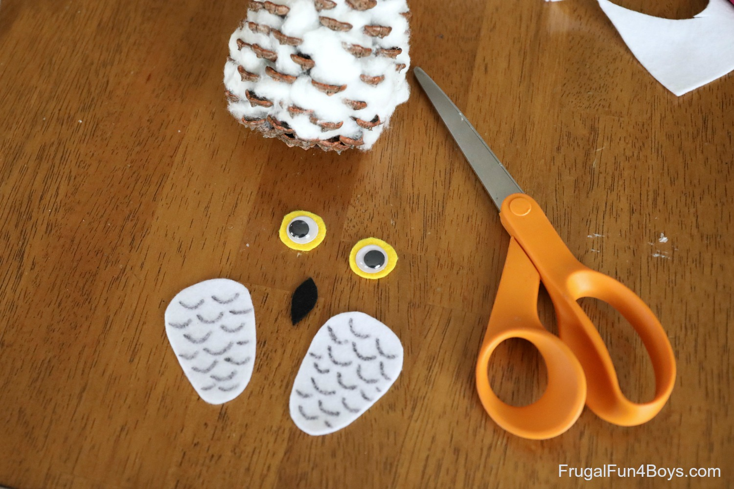 How to Make a Pine Cone Snowy Owl Craft