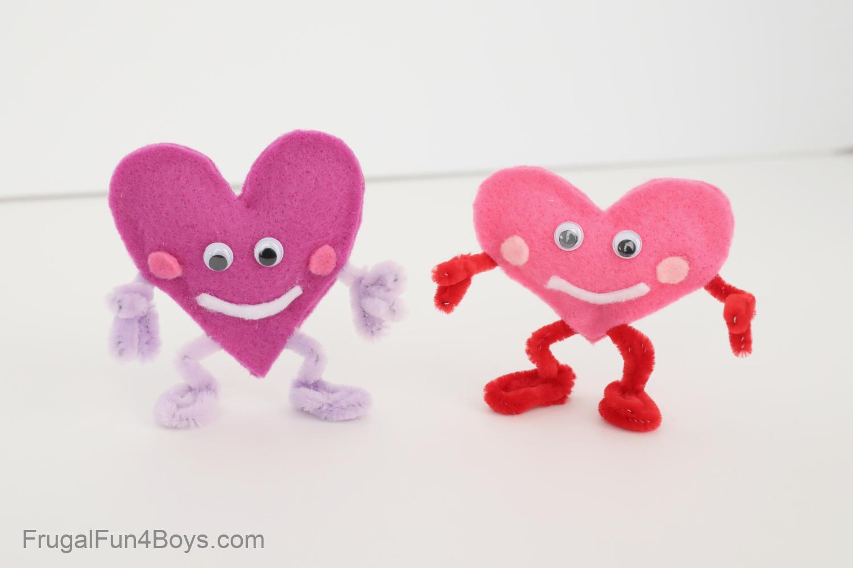 Felt Heart People Valentine crafts for kids